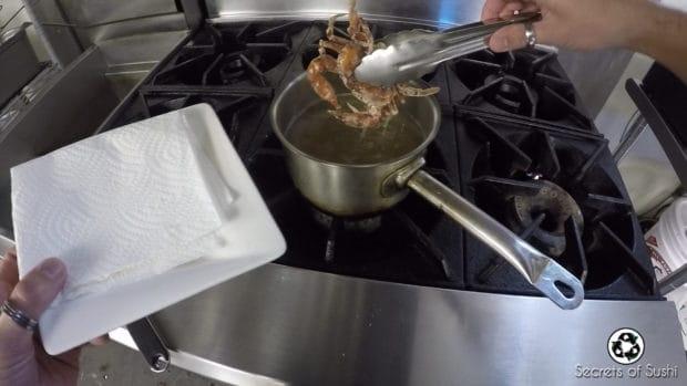 Tempura frying soft shell crab - part 3
